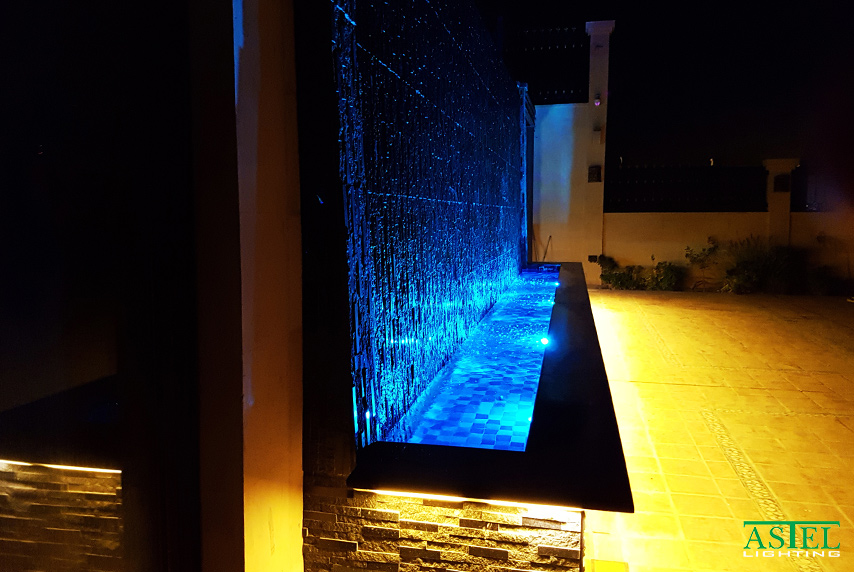 Color changing pool light