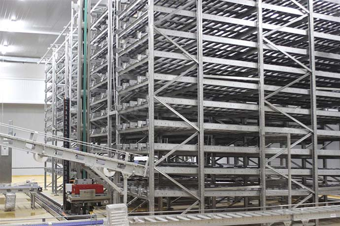 Automated industrial warehouse storage systems solutions